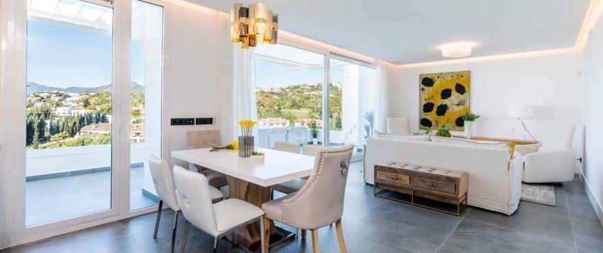 Salón luminoso en las nuevas viviendas Le Caprice, en la Quinta