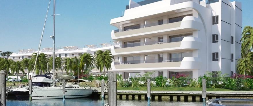 Pier — продажа квартир на первой линии морской гавани Sotogrande, Cádiz