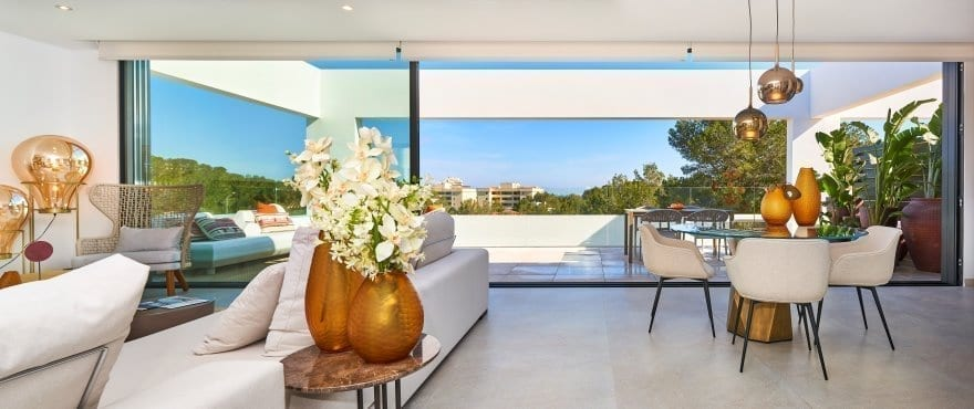 Luminous livingroom in Cala Vinyes, with large terraces near the sea