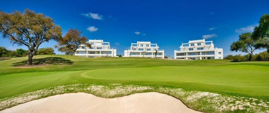 Emerald Greens, Apartments zu verkaufen im San Roque Club, Cádiz. Luftaufnahme.