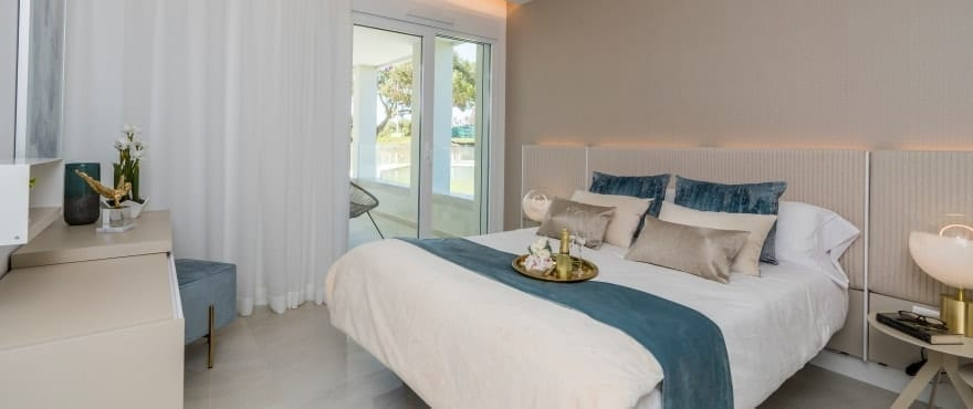 Ruime en lichte slaapkamers in Emerald Greens, San Roque