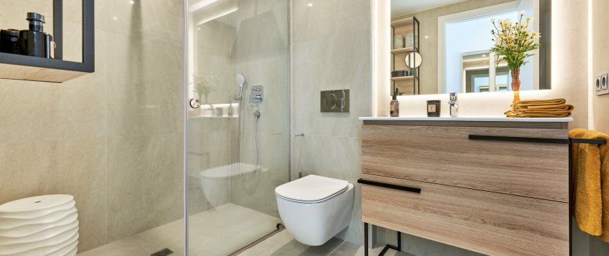 Full bathroom at the new apartments for sale